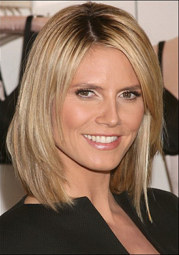 layered-bob-hairstyles-with-side-bangs-2015-600x855